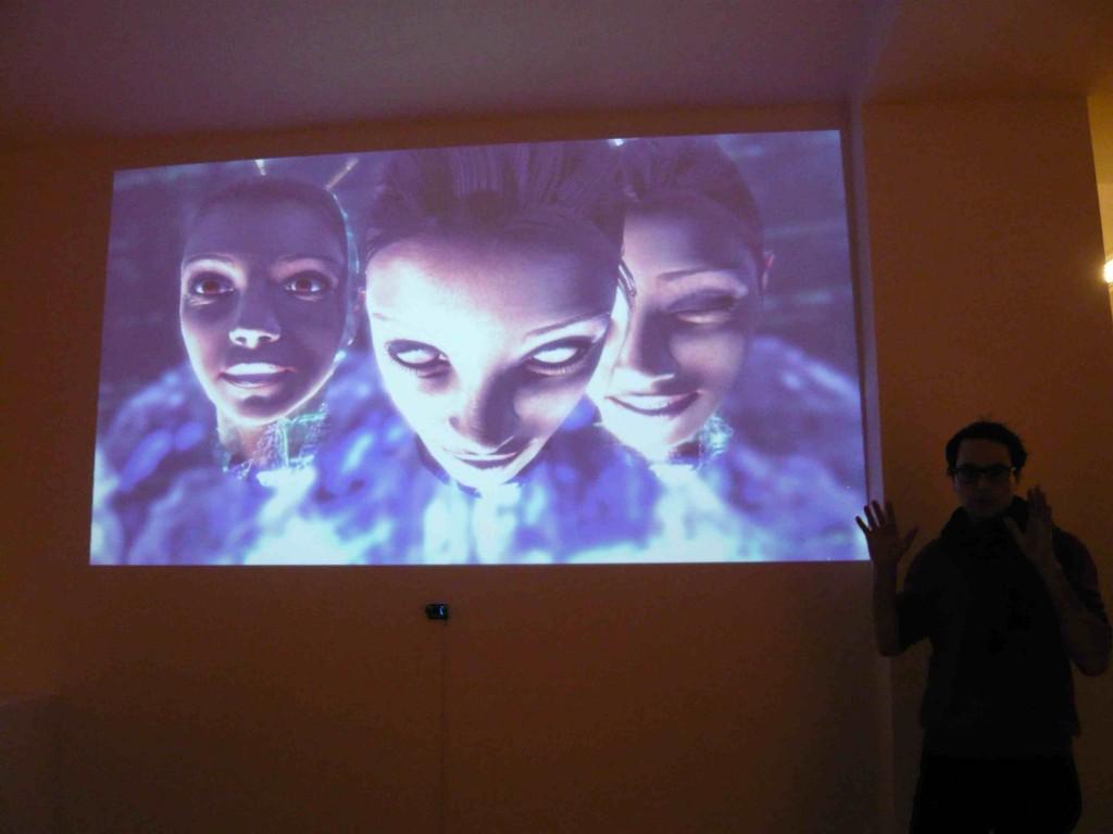 Les créatures virtuelles de Molding the Signifier d'Ivor Diosi, que présente Ondrej Cakl de CIANT, à la Galerie Ex Post, Prague, 19 novembre 2015